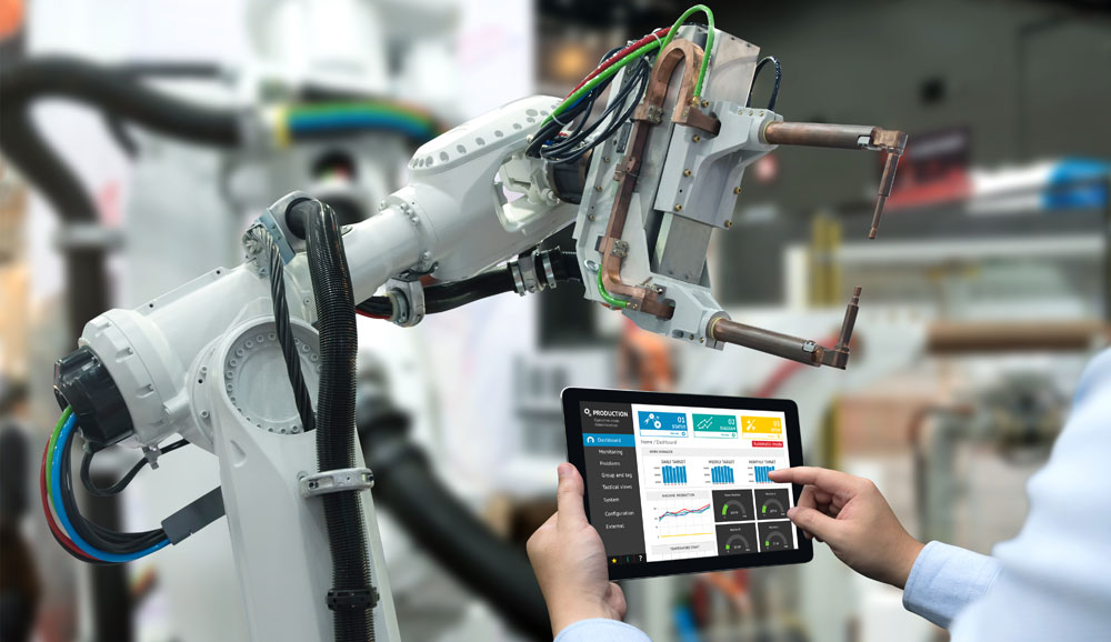 Robot arm and tablet used in manufacturing